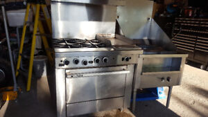 GARLAND GAS/STOVE/HOTPLATE AND OVEN, AND STOCKPOT COOKER