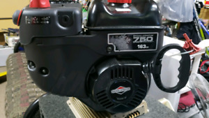 6hp Briggs and Stratton engine  brand new!