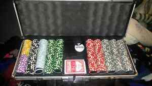 Selling authentic poker set.