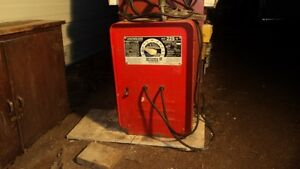 225 Amp AC Welder with cables
