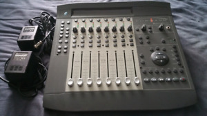 Digidesign Command 8 for Pro tool and Avid