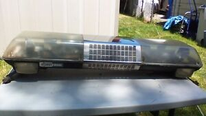 EMERGENCY LIGHT AND SIREN FLASHING LIGHT BAR