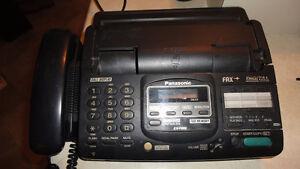 2 fax panasonic +boite pour cassettes video Saguenay Saguenay-Lac-Saint-Jean image 2