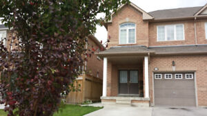 HOUSE FOR RENT in Mississauga, Churchill Meadows (No Basement)