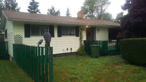 3 BEDROOM BUNGALOW IN MIDDLE SACKVILLE!