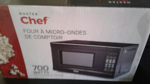 Masterchef countertop microwave brand new in box