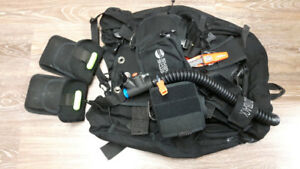 Complete woman's diving gear + Dry suit (W/O tanks)