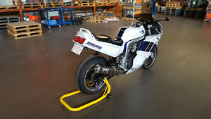 1991 OILCOOLED GSXR 1100 LIKE NEW
