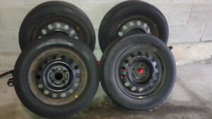 Tires with Rims 185/65/14