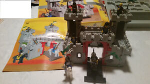 Vintage Lego Knight's Castle 6073 (1984) with box