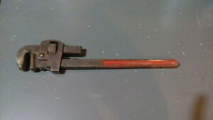 """VINTAGE GEDORE PIPE WRENCH No.225/18"""""""