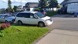 2005 Chrysler Town and Country new tires $1000