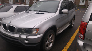 Bmw X5 4x4 AWD Fully loaded very good condition no rust