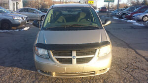 2005 Dodge Caravan ***Safety and E-tested*** 3695