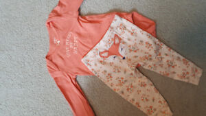 9 month carters 2 piece outfit euc
