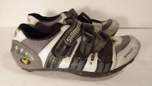 women    SHIMANO  - spinning     bike  shoes   -  SIZE    6