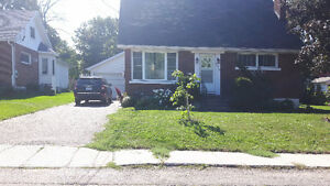 Rent a basement separate bedroom and half bath shared accommodat