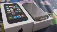 NEW in box iPhone 5S 16GB TELUS Space Grey