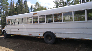 '99 Freightliner bus