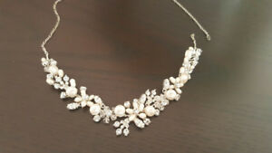 Bridal Jewellery: Pearl Necklace/Bracelet