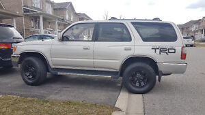1998 Toyota 4Runner SR5 4x4 CLEAN!! SAFETY AND E-TESTED!