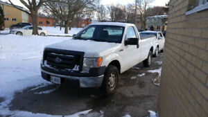 2010 Ford F-150 XL Pickup Truck 2 door 8ft box clean car proof