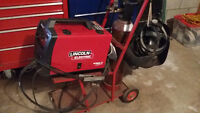 Lincoln mig pac 140 welder with gas bottle