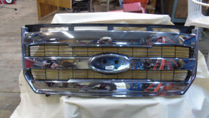 FORD F-150 LARIAT GRILLE