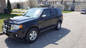 2010 Ford Escape SUV,4X4,Leather,Sunroof,Tow Package