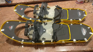 MSR Lightning Ascent Snowshoes with poles