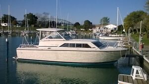 28ft 11in Chris Craft Hardtop 1978 Catalina Express 281