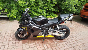 2003 Honda CBR 600rr VERY LOW KMS