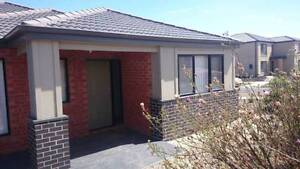 WAURN PONDS - $115 pw - 5 min to Deakin **AVAIL NOW** Waurn Ponds Geelong City Preview