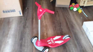 RADIO FLYER KIDS SCOOTER