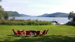 Log cottage with an amazing view – 1 hr from Ottawa