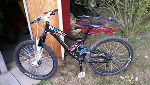Norco empire 5 2011 like new barely riden