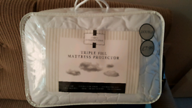 Mattress protector double