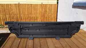 2015 - 2017 Ford F150 bed divider.