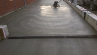 Concrete/ cement finisher