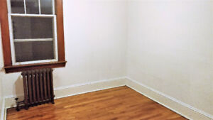 Room in Beautiful North End Apartment