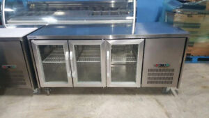 UNDER-COUNTER GLASS DOOR COOLERS ( 6 FT )