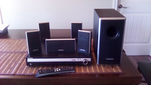 SURROUND SPEAKER SYSTEM