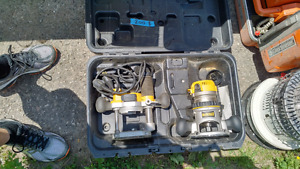 Dewalt Plunge Router Kit