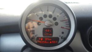 2010 MINI COOPER - CLEAN CARPROOF!! - 142KM - $6995 CERT/ETEST Cambridge Kitchener Area image 2