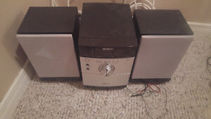 Stereo Radio/CD Player/Speakers