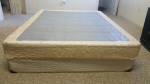 QUEEN SIZE MATTRESS WITH BOX