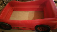 Car Bed Red - $50.00