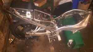 1999 r1 parts bike 1000$