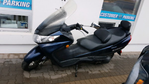 For Trade! 2004 Suzuki Burgman 400 15800kms. Trade for Sled