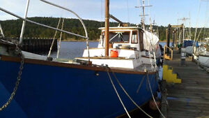 Beautiful Liveaboard Sailboat very cozy and beautiful layout